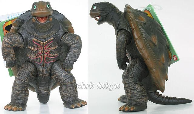 File:Bandai Toto.jpg