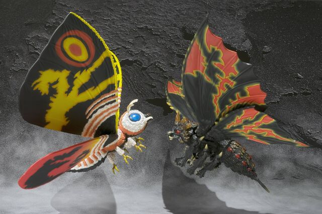 File:SHMA Mothra 3.jpg