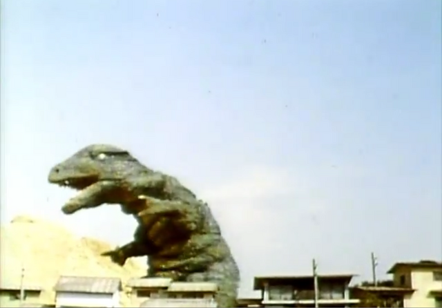 File:Go! Godman - Episode 6 Godman vs. Gorosaurus - 3 - Now shimmy to the right.png