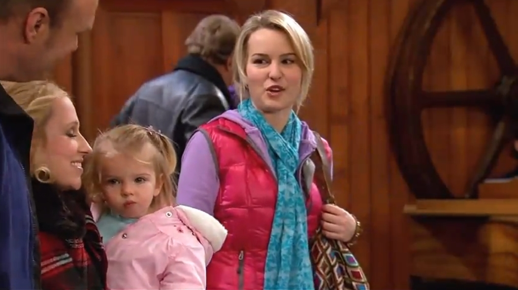 Snow Show, Part One | Good Luck Charlie Wiki | Fandom ...