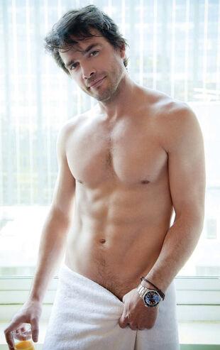 Matthew settle shirtless cosmo