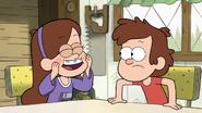 S1e14 Mabel squshing her cheeks