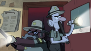 S1e3 blubs and durland flashlights