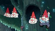 S1e1 gnomes in trees
