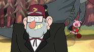 S1e18 Grunkle Stan turn around!!!