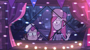 S1e7 dipper wendy window party