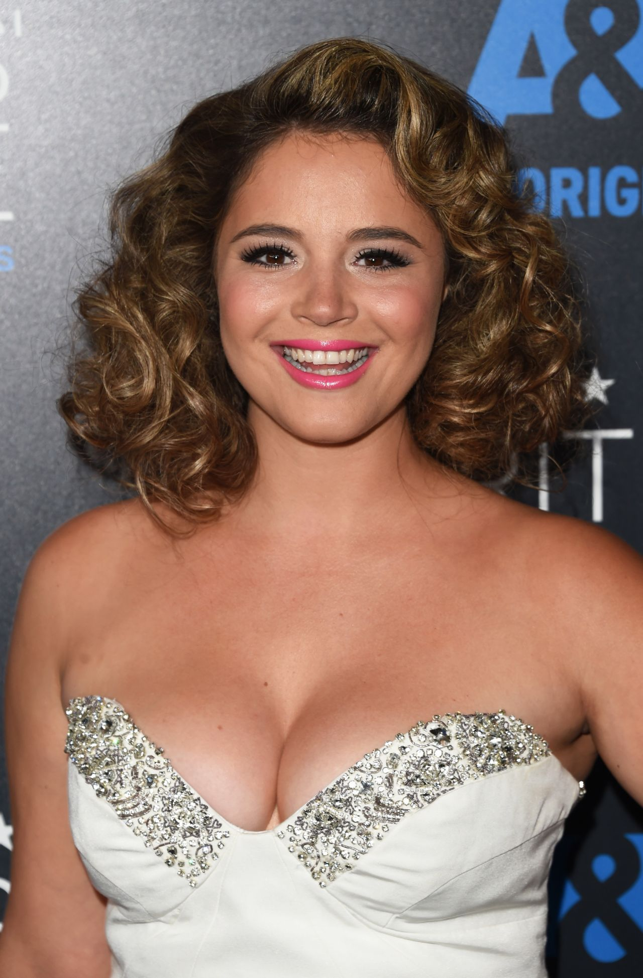 kether donohue pitch perfect 2