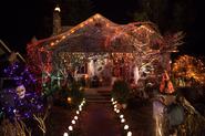 209 - Monroe's house in halloween 01