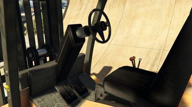 File:Forklift-GTAV-Inside.jpeg
