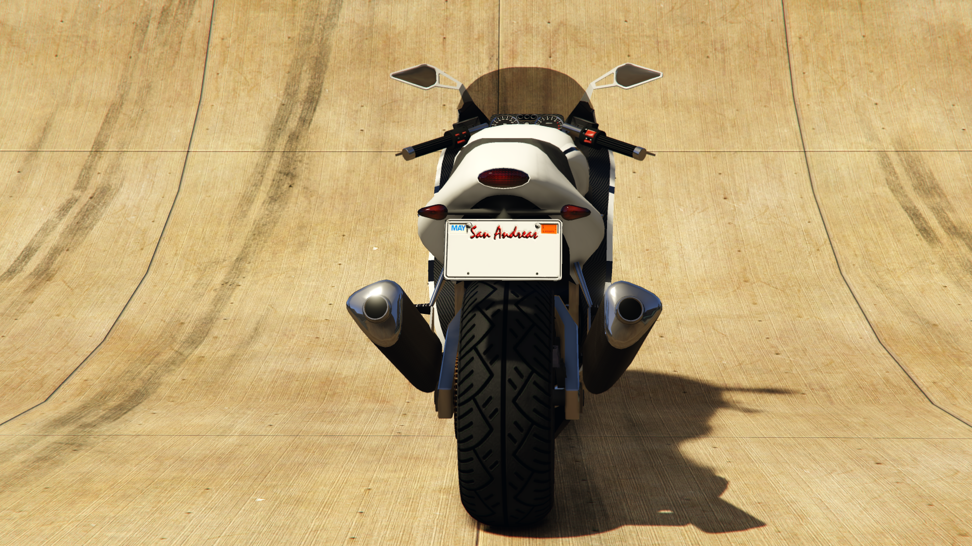 File:Hakuchou-GTAV-Rear.png
