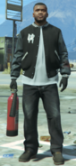 Franklin holding extinguisher GTA V