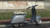 Faggio-GTAV-rear
