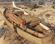 Desert Wooden Yacht GTAVpc Scale View