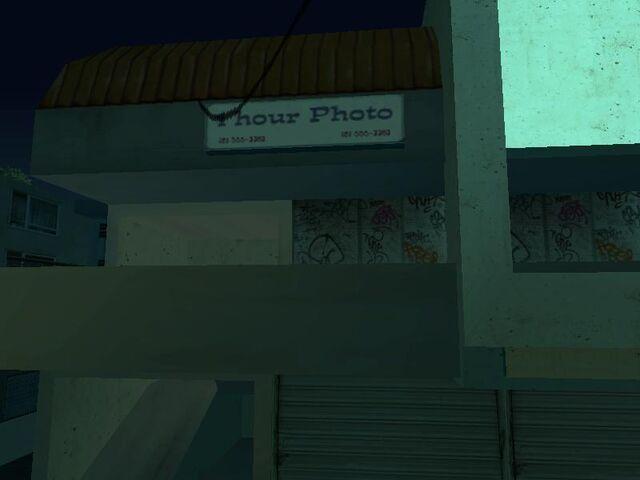 File:1HourPhoto-GTASA-Exterior.jpg