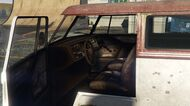 BeaterSurfer-GTAV-Interior