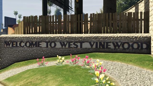 File:WestVinewood-GTAV.jpg