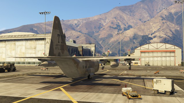 File:Titan-GTAV-Rear.png