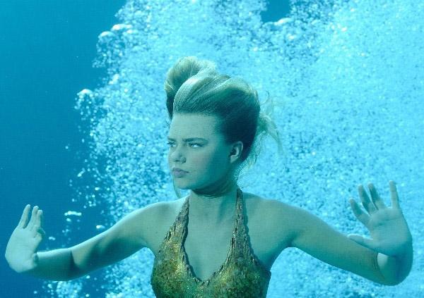 FileBella Swimming jpg  H2o Just Add Water Bella Turns Into A Mermaid
