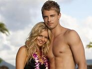 508250-luke-mitchell-and-samara-weaving
