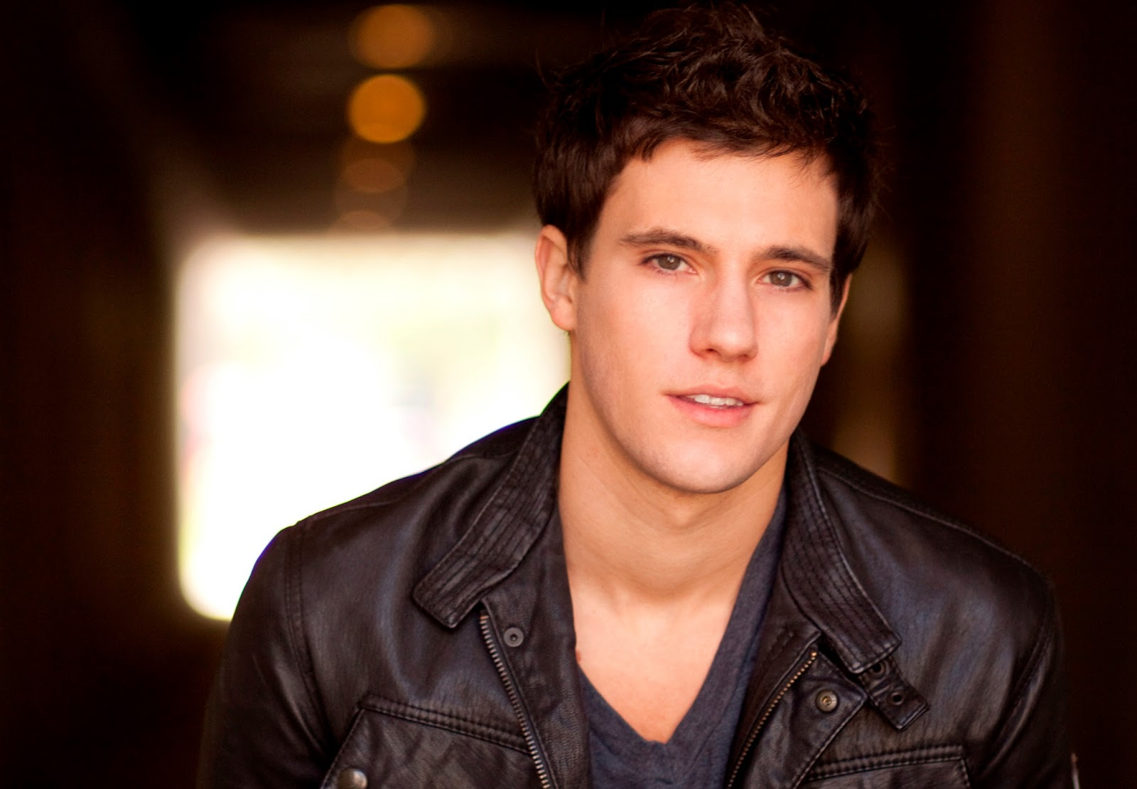 drew roy fan site