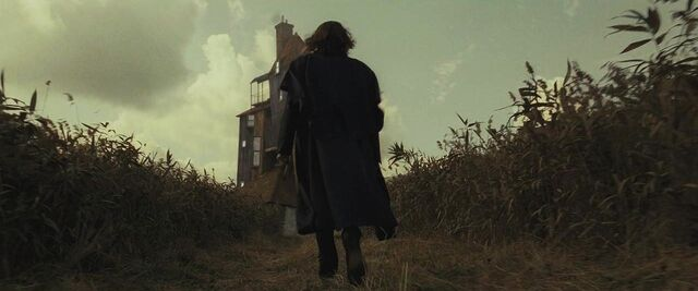 File:Scrimgeour heading to the Burrow.JPG