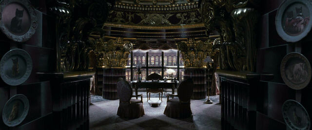 File:Dolores umbridge office in the ministry of magic.jpg