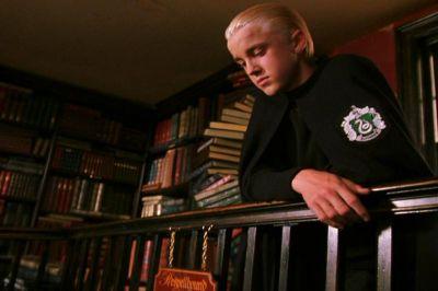 File:Malfoy Flourish and Blotts Balcony.jpg