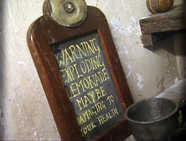 File:Leaky Cauldron's Exploding Lemonade.jpg