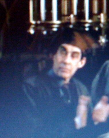 File:Unidentified male Hogwarts employee (XVI).jpg