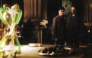 File:Hourglass, Harry and Professor Slughorn.jpg