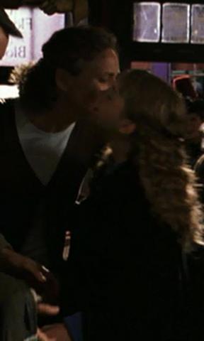 File:Granger kiss.png