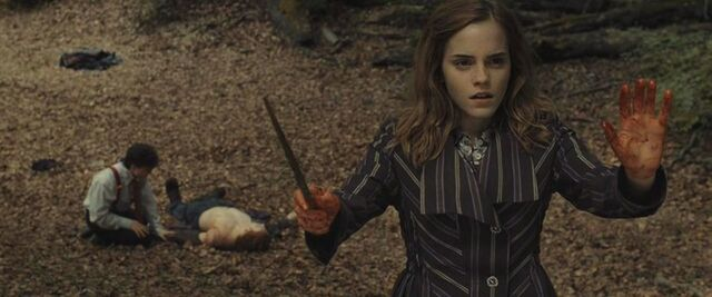File:Hermione casting protective enchantments.JPG
