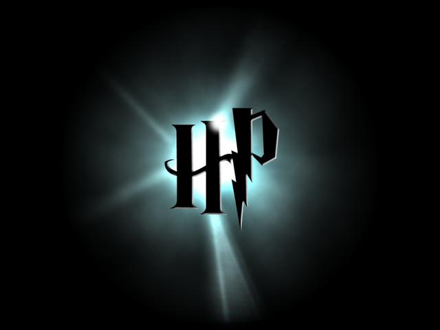 File:Harry Potter Logo by SprntrlFAN Livvi.png