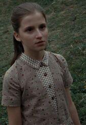Ariella Paradise as Petunia Evans