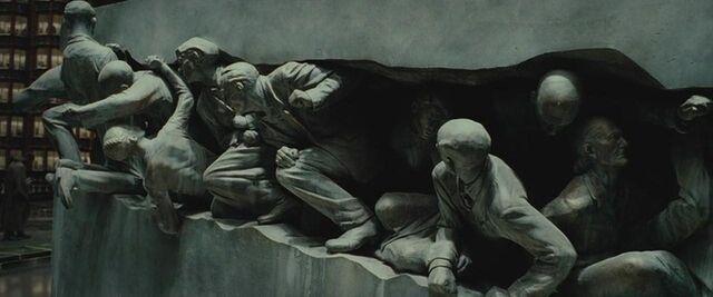 File:Muggles statue.jpg