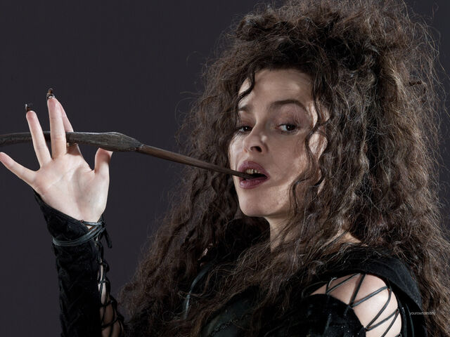 File:DH1 Bellatrix Lestrange with her wand 01.jpg