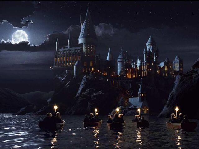 File:Hogwarts20cas-1-.jpg
