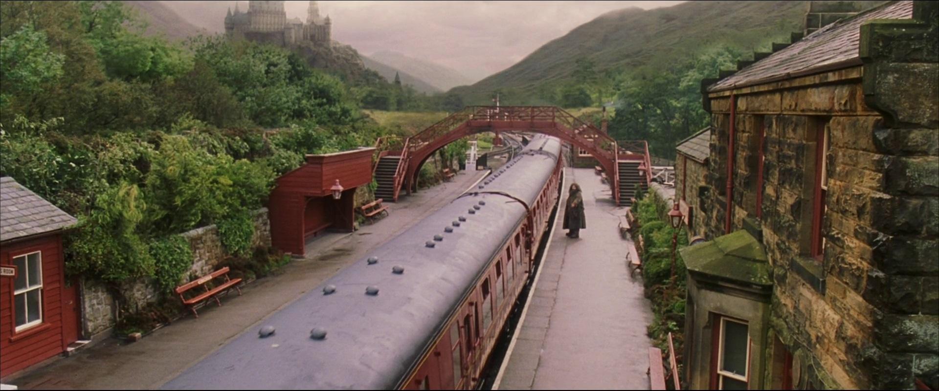 File:Hogsmeade Station.jpg