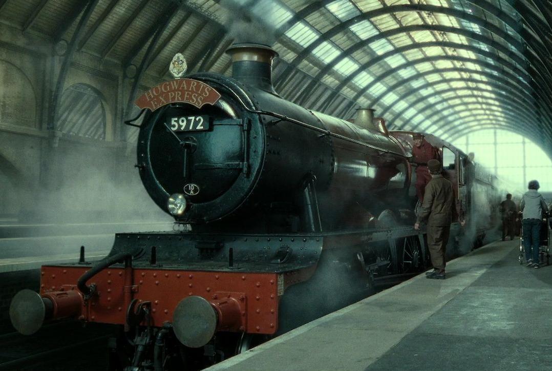 Картинки по запросу поезд в хогвартс