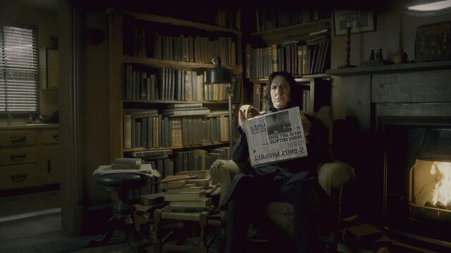 File:Severus Snape reading the Daily Prophet.JPG