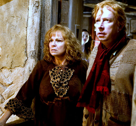 File:Molly and Arthur Weasley.jpg