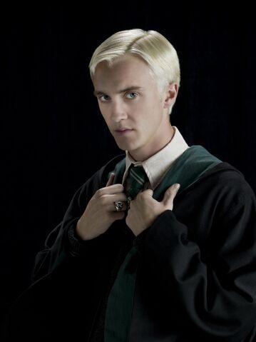 File:Draco Malfoy (HBP promo) 1.jpg