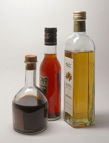 File:Vinegars.jpg