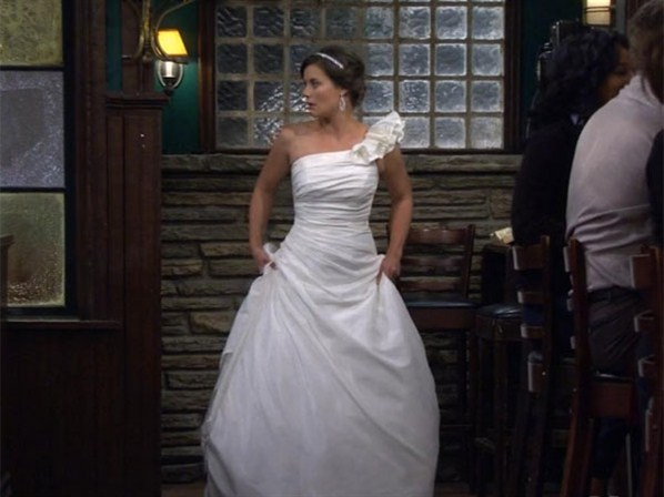 File:Victoria-Wedding-Gown.jpg