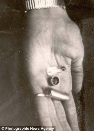 File:HimmlersCapsule.jpg