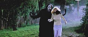 Scream-Casey-Becker-drew-barrymore-31897014-2560-1091
