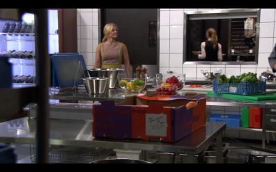 Fil:Eva på kjøkkenet 2013.jpg