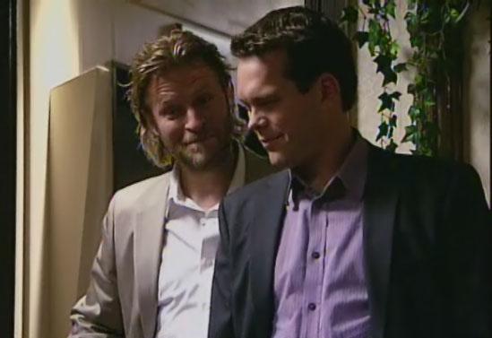 Fil:Scott og Rolv kaster ut.jpg