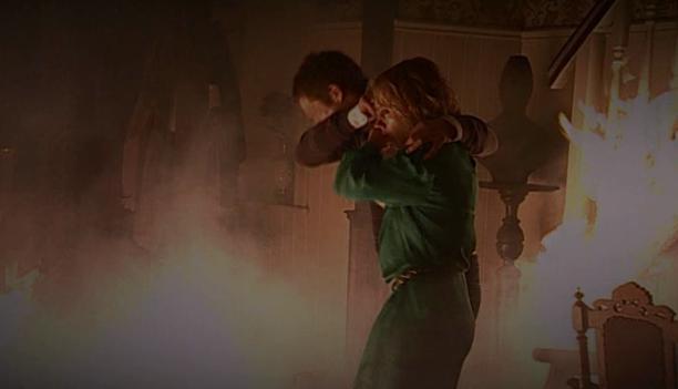 Fil:Eva og Jens omringet a flammer.jpg