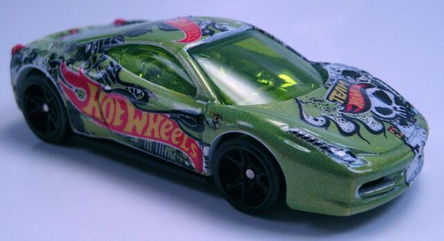 File:Ferrari 458 Challenge Target Exclusive Team HW.JPG